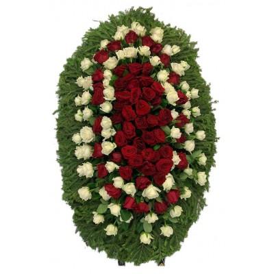 Венок ритуальный из живых цветов №3242