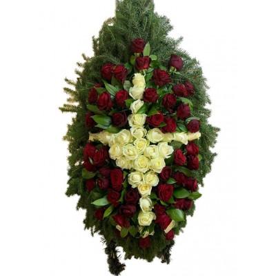 Венок ритуальный из живых цветов №3243