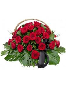 Корзина траурная с красными розами,зеленью и лентой (50 шт) №7517