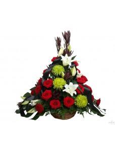 Корзина траурная из живых цветов №7514