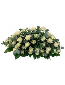 Композиция на крышку гроба из живых цветов (флоретка) №7522