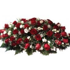 Композиция на крышку гроба из живых цветов (флоретка) №7523