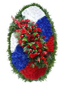 Венок из искусственных цветов  с искусственной хвоей №5205