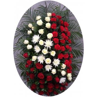 Венок траурный из живых цветов №3220
